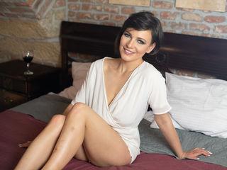 Sexy Milf Selenaryan